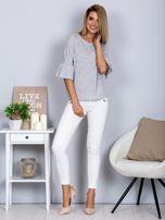 Bluzka z rozszerzanymi rękawami i perełkami jasnoszara                                  zdj.                                  4