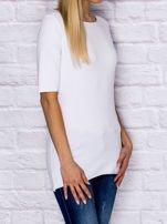 Bluzka z surowym wykończeniem biała                                  zdj.                                  3