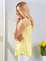 Bluzka żółta z koronkowym dekoltem                                  zdj.                                  5