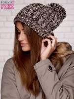 Brązowa czapka z pomponem i dżetami                                  zdj.                                  2