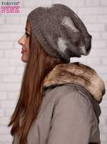 Brązowa dzianinowa czapka z serduszkami                                  zdj.                                  2