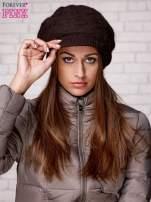 Brązowa dziergana czapka z daszkiem                                  zdj.                                  1