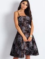 Brązowa sukienka koktajlowa z kwiatowym motywem                                  zdj.                                  1