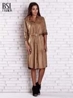 Bordowa zamszowa sukienka z rozcięciami po bokach                                                                          zdj.                                                                         2