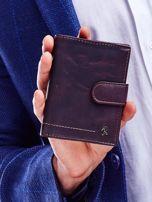 Brązowy portfel dla mężczyzny z ozdobnymi przeszyciami                                  zdj.                                  1