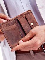 Brązowy skórzany portfel dla mężczyzny z nadrukiem                                  zdj.                                  2