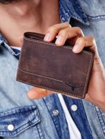 Brązowy skórzany portfel z poziomym przeszyciem                                  zdj.                                  1