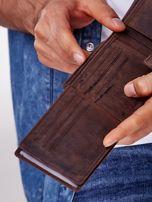 Brązowy skórzany portfel z poziomym przeszyciem                                  zdj.                                  3