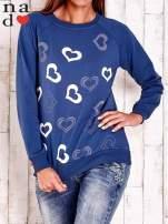Ciemnoniebieska bluza w serduszka                                  zdj.                                  1