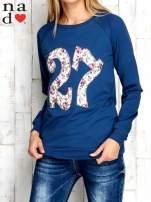 Ciemnoniebieska bluza z cyfrą 27                                  zdj.                                  1