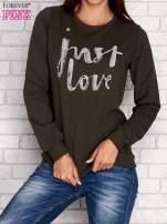 Ciemnoniebieska bluza z napisem JUST LOVE i perełkami
