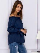 Ciemnoniebieska bluzka z wiązaniami na rękawach                                  zdj.                                  3
