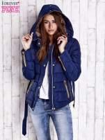 Ciemnoniebieska zimowa kurtka z futrzanym kapturem i paskiem                                                                          zdj.                                                                         5
