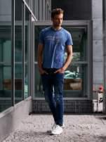 Ciemnoniebieski t-shirt męski ze sportowym nadrukiem i napisem SUPERIOR                                  zdj.                                  6