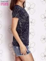 Ciemnoniebieski t-shirt z napisem BONJOUR                                  zdj.                                  3