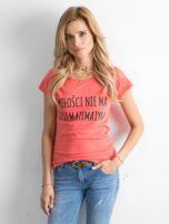 Ciemnopomarańczowa damska koszulka z napisem                                  zdj.                                  1