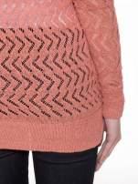 Ciemnoróżowy ażurowy dłuższy sweter                                                                          zdj.                                                                         8