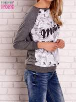 Ciemnoszara bluza z nadrukiem kotów i napisem                                  zdj.                                  4