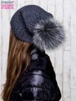 Ciemnoszara dziergana czapka