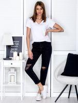 Ciemnoszare spodnie jeansowe z rozdarciami na kolanach                                  zdj.                                  4