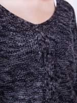 Ciemnoszary sweter z warkoczowym splotem z przodu                                                                          zdj.                                                                         8