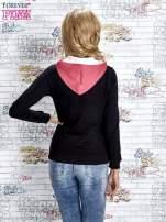 Czarna bluza z kolorowymi wstawkami                                  zdj.                                  3