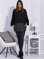 Czarna bluza z melanżowymi wstawkami                                  zdj.                                  4