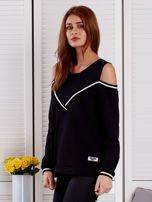 Czarna bluza z ukośnymi ściągaczami                                  zdj.                                  3