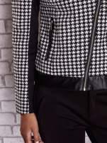 Czarna kurtka ramoneska w pepitkę ze skórzanymi wstawkami                                                                          zdj.                                                                         6