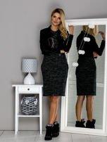 Czarna melanżowa sukienka z naszywkami                                  zdj.                                  4