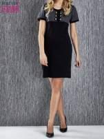 Czarna melanżowa sukienka ze złotymi guzikami                                                                          zdj.                                                                         2