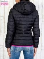 Czarna ocieplana kurtka z kieszeniami                                                                          zdj.                                                                         5