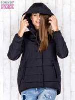 Czarna przejściowa kurtka puchowa z dłuższym tyłem                                  zdj.                                  6
