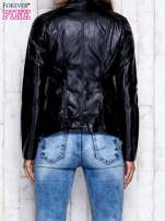 Czarna skórzana kurtka ramoneska z pikowanymi przeszyciami                                                                          zdj.                                                                         5