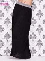 Czarna spódnica maxi plisowana z dżetami w pasie                                   zdj.                                  1