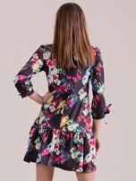 Czarna sukienka floral print z wiązanymi rękawami                                  zdj.                                  2