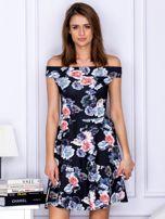 Czarna sukienka w kontrastowe kwiaty                                   zdj.                                  1