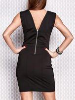 Czarna sukienka z biżuteryjnymi aplikacjami                                  zdj.                                  2