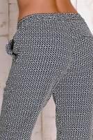 Czarne wzorzyste spodnie