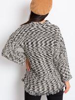 Czarno-biały sweter North                                  zdj.                                  2