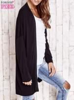 Czarny długi sweter z tiulowym wykończeniem                                  zdj.                                  3