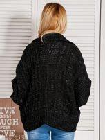 Czarny dziergany sweter  przeplatany błyszczącą nicią                                  zdj.                                  2