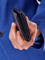 Czarny skórzany portfel z tłoczonym wzorem                                  zdj.                                  4