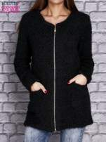 Czarny sweter long hair zapinany na suwak                                  zdj.                                  1