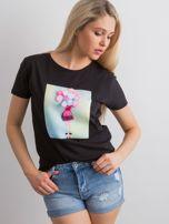 Czarny t-shirt z aplikacją 3D                                  zdj.                                  1
