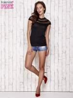Czarny t-shirt z ażurową górą                                   zdj.                                  2