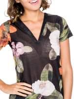 Czarny t-shirt z nadrukiem all over floral print                                  zdj.                                  5