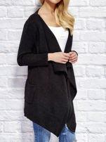 Czarny wełniany sweter z luźnymi połami                                  zdj.                                  3