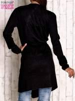 Czarny wełniany sweter z wiązaniem                                  zdj.                                  4