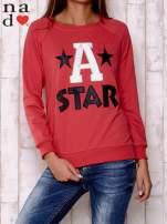 Czerwona bluza z napisem A STAR